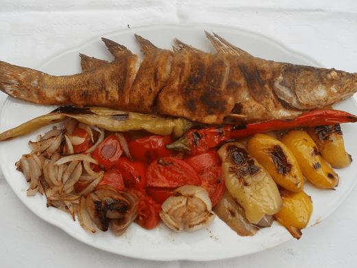 Smuđ sa povrćem - Zuzana Grnja - Recepti i Kuvar online