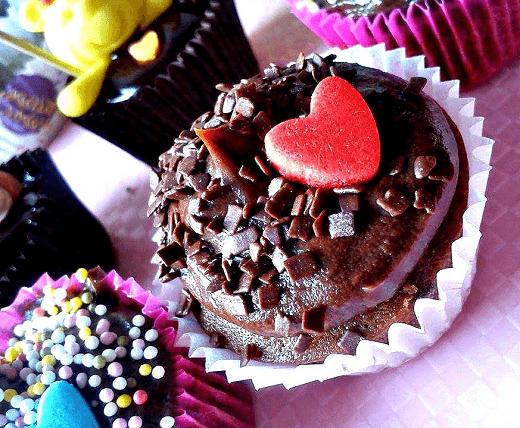 bozicna-i-novogodisnja-zakuska-Kristina-Gaspar-mini-cokoladni-cupcakes-28-png