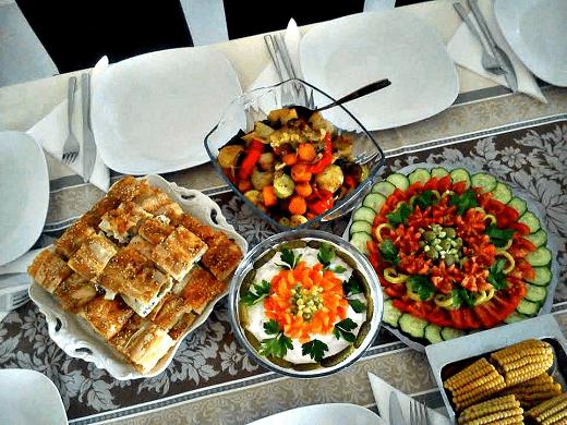 bozicna-i-novogodisnja-zakuska-Kristina-Gaspar-salata-i-ruska-salata-12-png